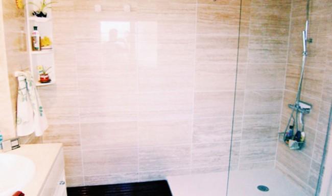 baños seguros y accesibles