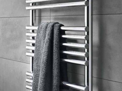 Descubre c mo instalar radiadores toalleros en tu ba o - Cambiar radiador por toallero ...